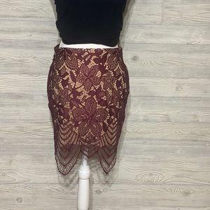 Beautiful Express lace mini skirt